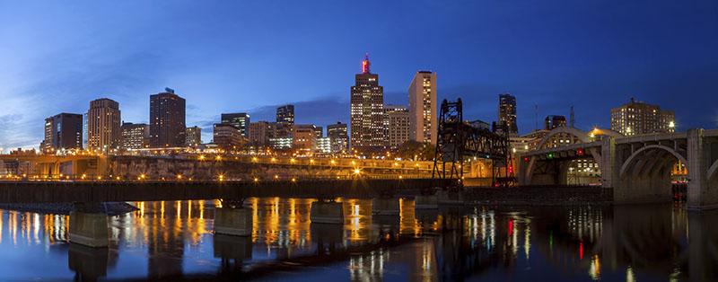Minneapolis, Minnesota city skyline at dusk