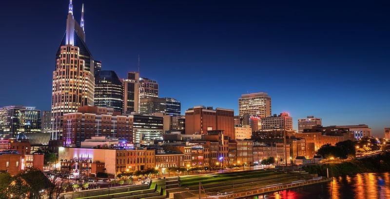 Nashville, Tennessee city skyline at dusk